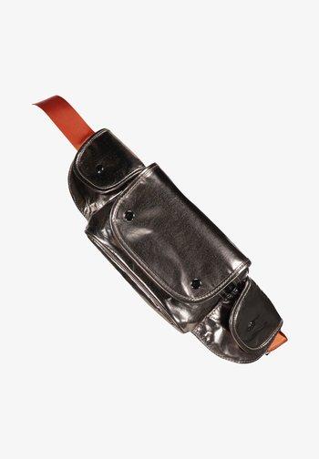 MIT REISSVERSCHLUSSTASCHEN - Bum bag - grey/orange