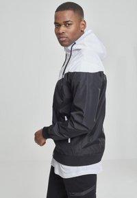 Urban Classics - Summer jacket - blk/wht - 3