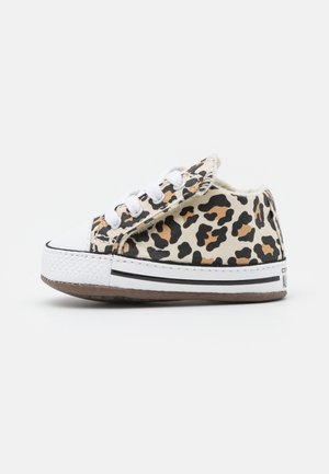 CHUCK TAYLOR ALL STAR CRIBSTER ARCHIVE ANIMAL PRINT UNISEX - First shoes - natural ivory/doe/black