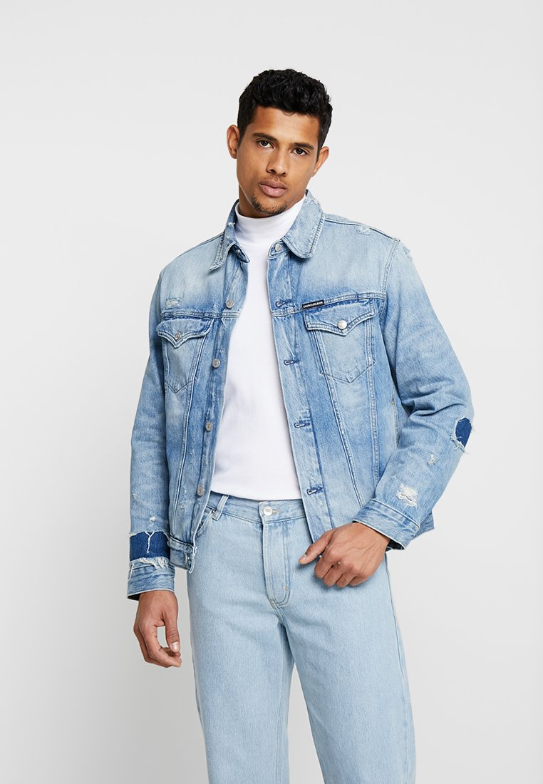 Calvin Klein Jeans - FOUNDATION SLIM JACKET - Džínová bunda - denim