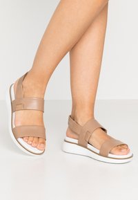 Cole Haan - ZEROGRAND GLOBAL DOUBLE BAND - Platform sandals - amphora/optic white - 0