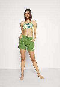 Roxy - Shorts da mare - vineyard green - 1