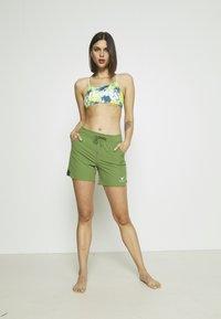 Roxy - Swimming shorts - vineyard green - 1