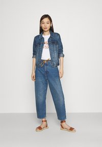 Levi's® Made & Crafted - BARREL - Relaxed fit jeans - lmc provincial blue - 1