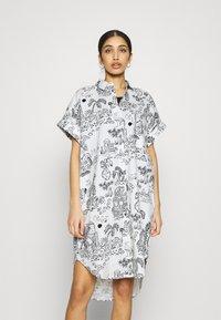 Monki - Shirt dress - white light - 0