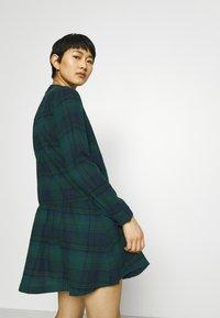 GAP - DRESS PLAID - Shirt dress - dark green - 3