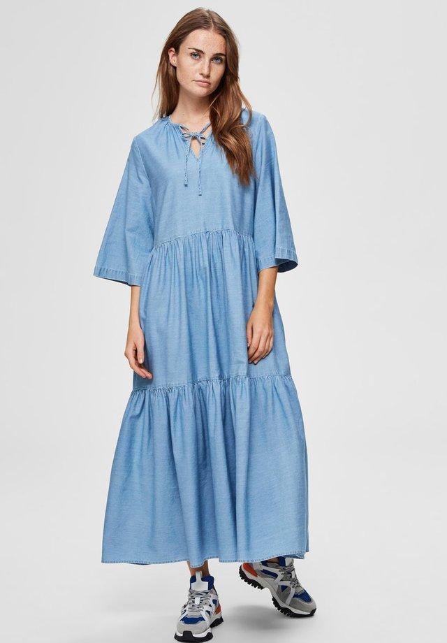 VOLANT - Vestido largo - light blue