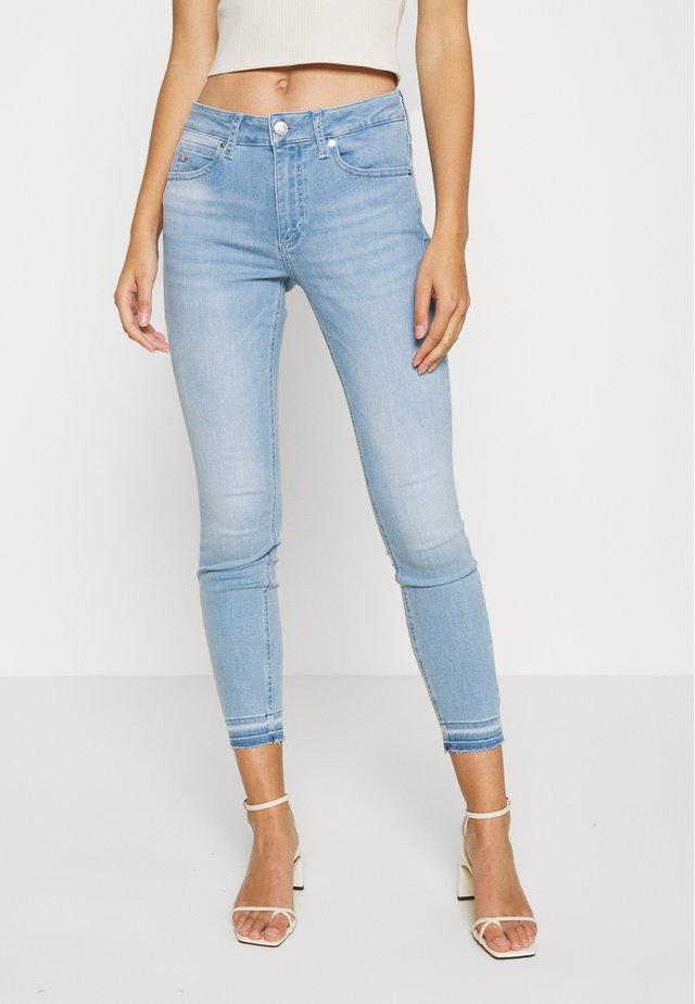 Skinny džíny - light-blue denim