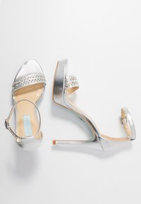 Blue by Betsey Johnson - ALMA - High heeled sandals - silver - 3