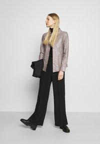 Oakwood - ANAE - Leather jacket - mastic - 1