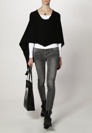 PONCHO - Cape - black