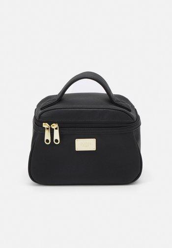 COREEN BEAUTY COREEN BEAUTY SET - Wash bag - black
