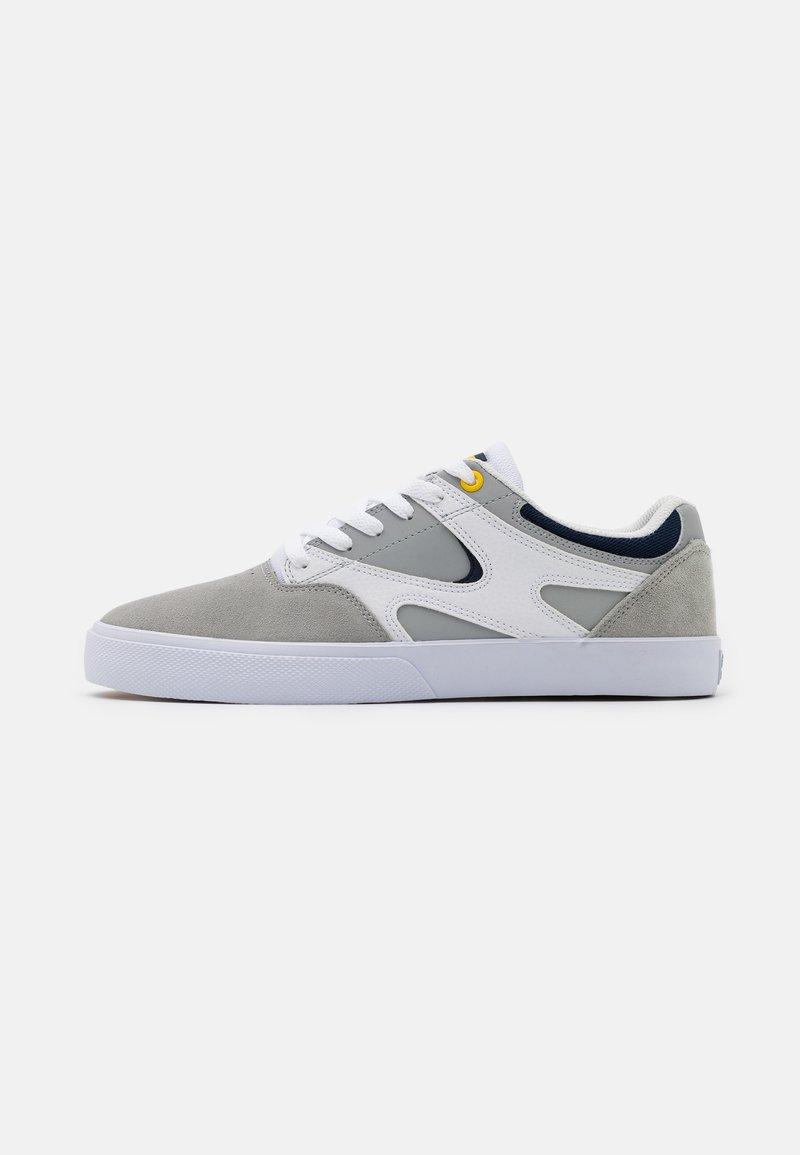 DC Shoes - KALIS VULC - Skate shoes - white/grey