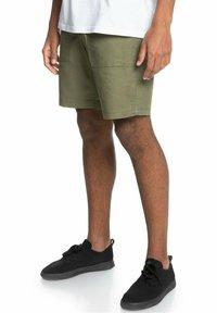 Quiksilver - Shorts - four leaf clover - 2