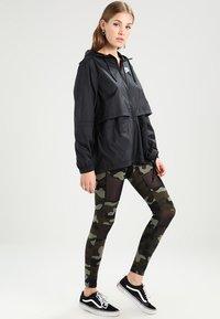 Nike Sportswear - Korte jassen - black - 1