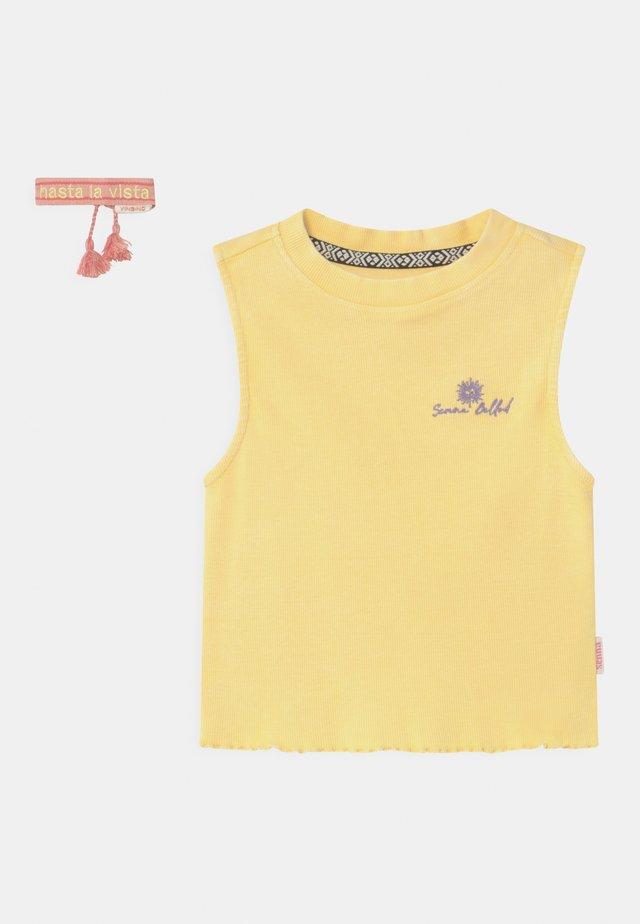 GIGI - Toppe - pale yellow