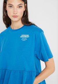 Opening Ceremony - RUFFLE PEPLUM TEE - Print T-shirt - cobalt blue - 4