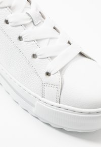 Gabor Comfort - Trainers - weiß/natur - 2