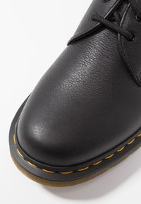 Dr. Martens - 1461 - Šněrovací boty - black - 5