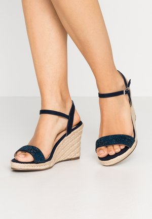 WIDE FIT RAA-RAA EMBELLISHED VAMP WEDGE - Sandali con tacco - navy