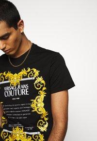 Versace Jeans Couture - MOUSE - T-shirt print - black - 3
