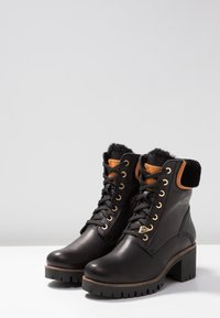 Panama Jack - PHOEBE IGLOO TRAVELLING - Lace-up ankle boots - black - 4
