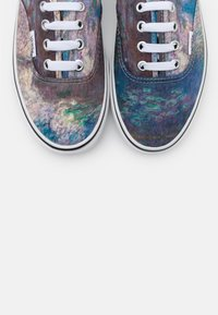 Vans - AUTHENTIC CLAUDE MONET - Sneakers basse - blue - 5