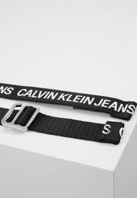 Calvin Klein Jeans - OFFDUTY TAPE - Pásek - black - 3