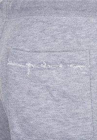 Nike Sportswear - M NSW HE FT ALUMNI - Short - grey/white - 4
