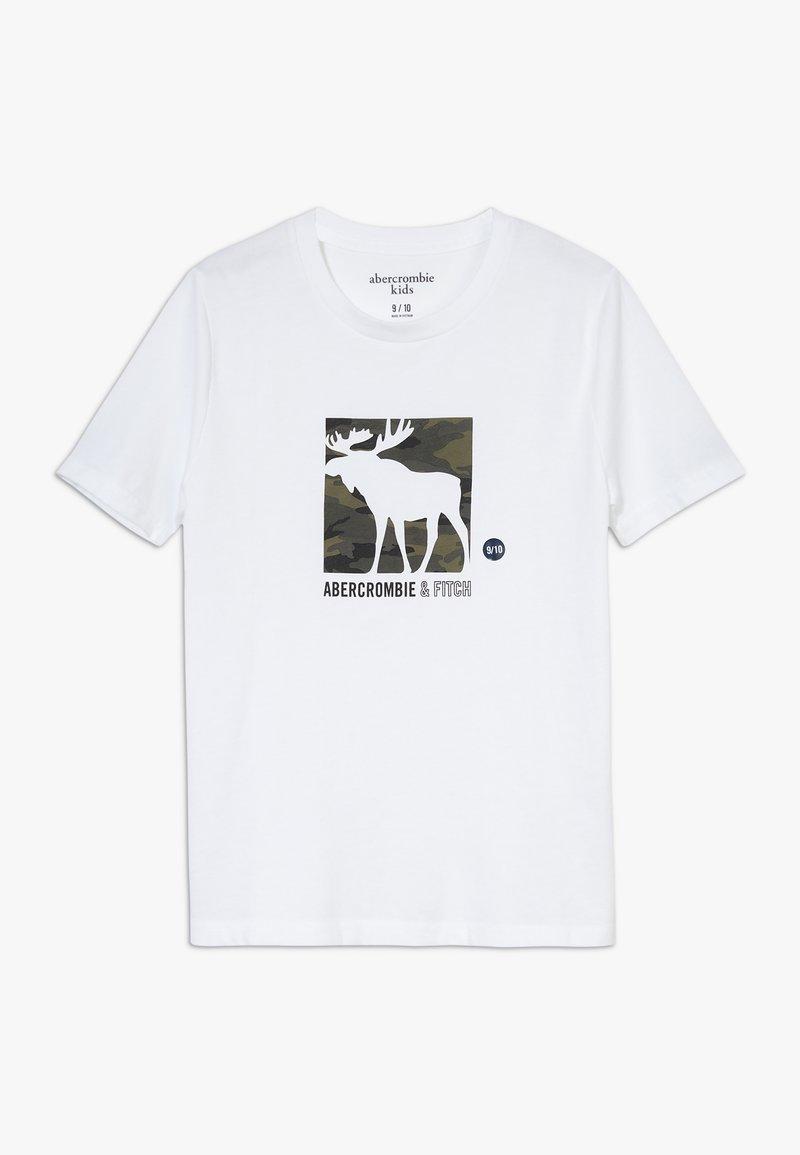 Abercrombie & Fitch - LOGO - T-shirt z nadrukiem - white