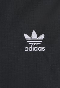adidas Originals - THREE STRIPES UNISEX - Chaqueta fina - black - 2