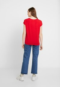 Vero Moda - VMAVA PLAIN - T-shirt basic - goji berry - 2