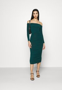 Missguided - BARDOT SLINKY RUCHED MIDAXI DRESS - Jerseykjole - deep green - 1