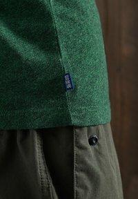 Superdry - OL VINTAGE EMB  - Basic T-shirt - willow green grit - 1
