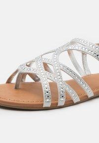 Steve Madden - JOSSY - Sandals - white - 5