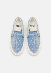 Good News - YESS PAISLEY UNISEX - Trainers - blue - 3