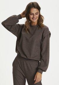 Kaffe - Pantalon classique - grey brown w. silver lurex - 3