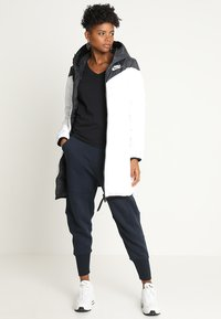 Nike Sportswear - Down coat - black/white - 3