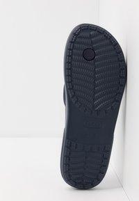 Crocs - CLASSIC FLIP  - Chanclas de dedo - navy - 4