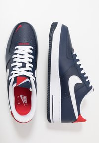 Nike Sportswear - AIR FORCE 1 07 LV8 - Baskets basses - obsidian/white/university red - 1