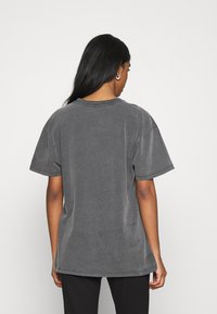 Topshop - DISTRESSED TEE - Print T-shirt - washed black - 2