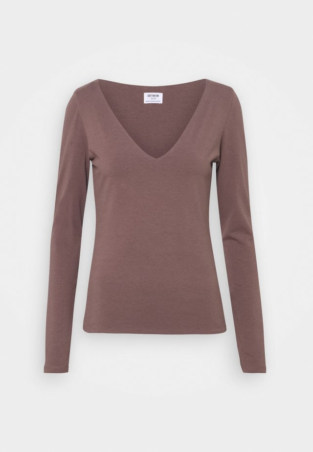 EVERYDAY WIDE V NECK LONG SLEEVE - Long sleeved top - brown stone