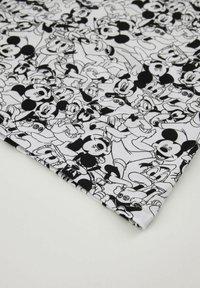 DeFacto - DISNEY MICKEY MOUSE - Jersey dress - white/black - 3