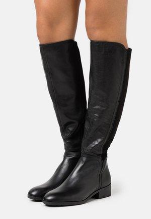 GWEACIA - Boots - black
