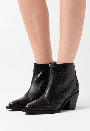 RENCHEN - Ankle boots - black