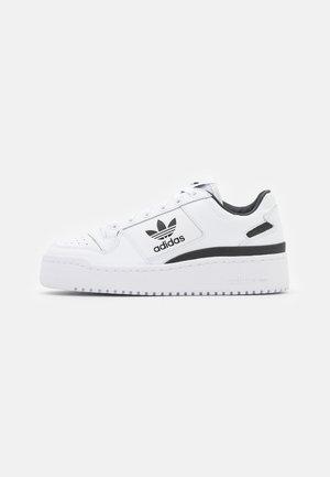FORUM BOLD - Sneakers - footwear white/core black