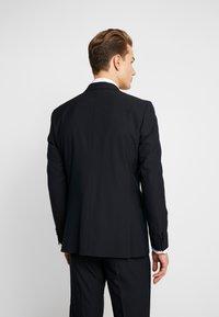 Esprit Collection - FESTIVE  - Garnitur - black - 3