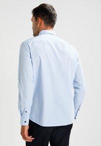 Zalando Essentials - Camisa - light blue - 2