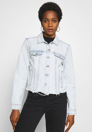 VIANNABEL SHORT JACKET - Veste en jean - light blue denim