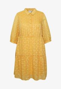 JUNAROSE - by VERO MODA - JRDAMITTA 3/4 SLEEVE KNEE DRESS - Denní šaty - golden apricot - 4